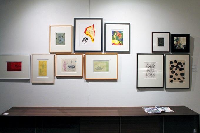写真(上)は、カテゴリー『抽象』の展示から。